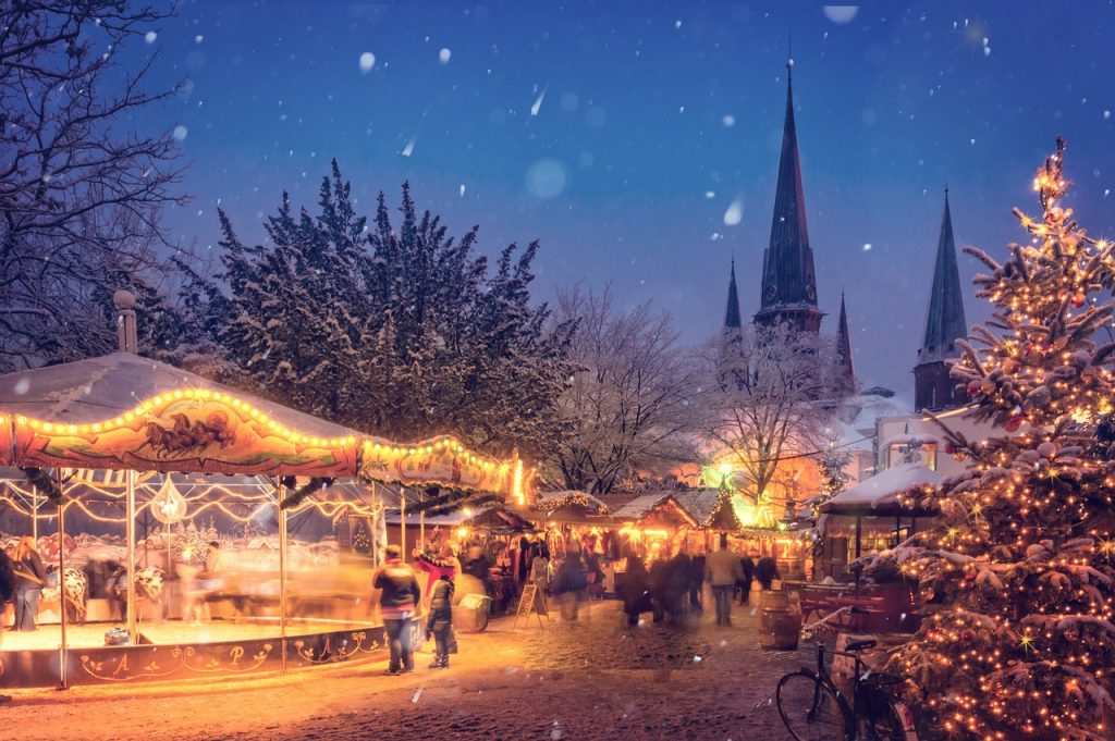 Texte und Audios auf Deutsch über das Leben in Deutschland: Deutscher Weihnachtsmarkt im Winter